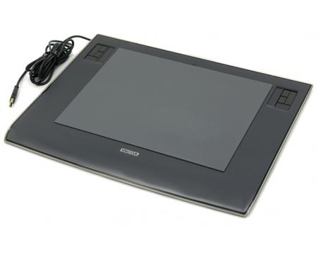 "Wacom Intuos3 PTZ-930 12"" Graphics Tablet - Gray"