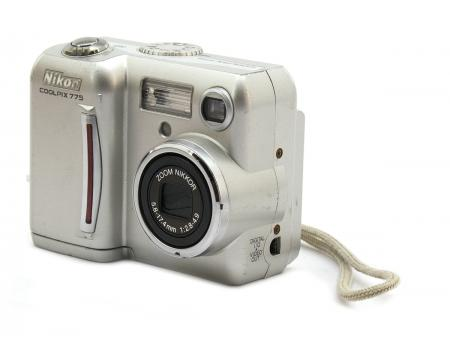 Nikon Coolpix 775 2Mp Digital Camera - Grade A