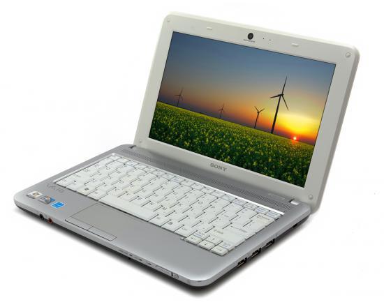 """Sony Vaio VPCM111AX 10.6"""" Laptop Intel Atom (N450) 1.66GHz 2GB DDR2 No HDD"""